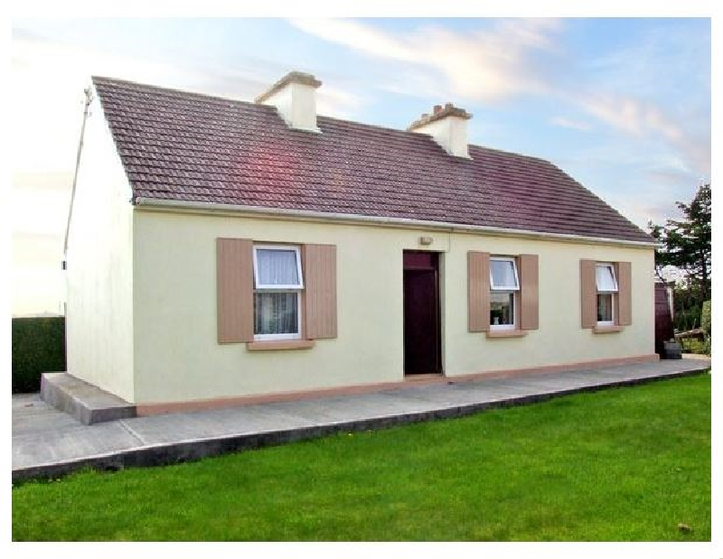 Click here for more about Paddy Staffs Cottage