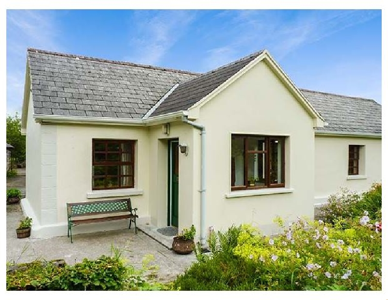 Click here for more about Hawthorn Farm Cottage