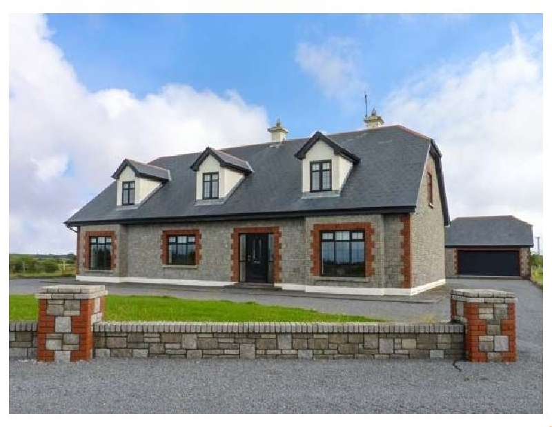 Click here for more about Cloonacastle Cottage