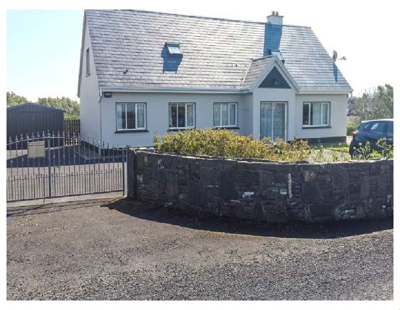 Rinemackaderrig a british holiday cottage for 8 in ,