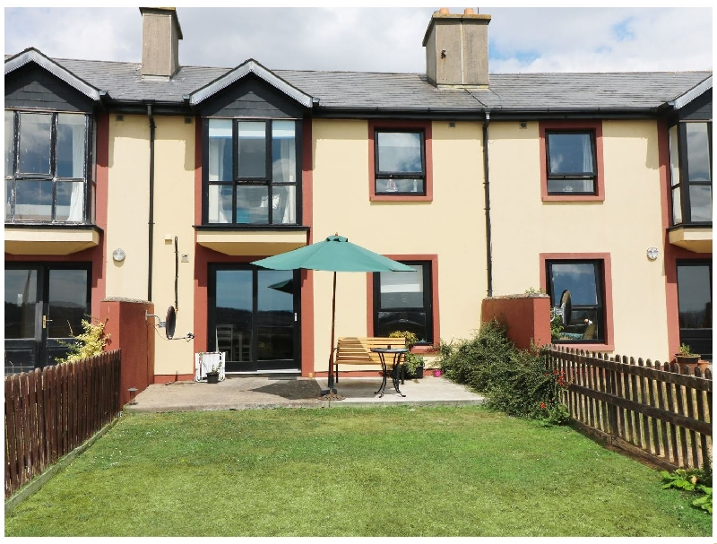 Sea Renity a british holiday cottage for 6 in ,