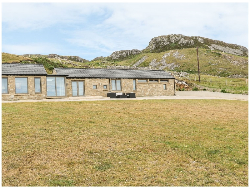 House Crohy Head a british holiday cottage for 6 in ,