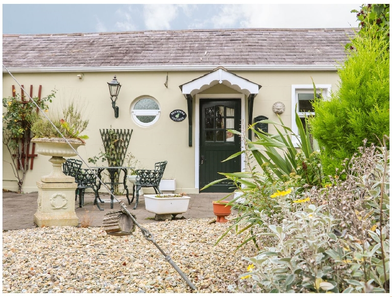Click here for more about Pear Tree Cottage