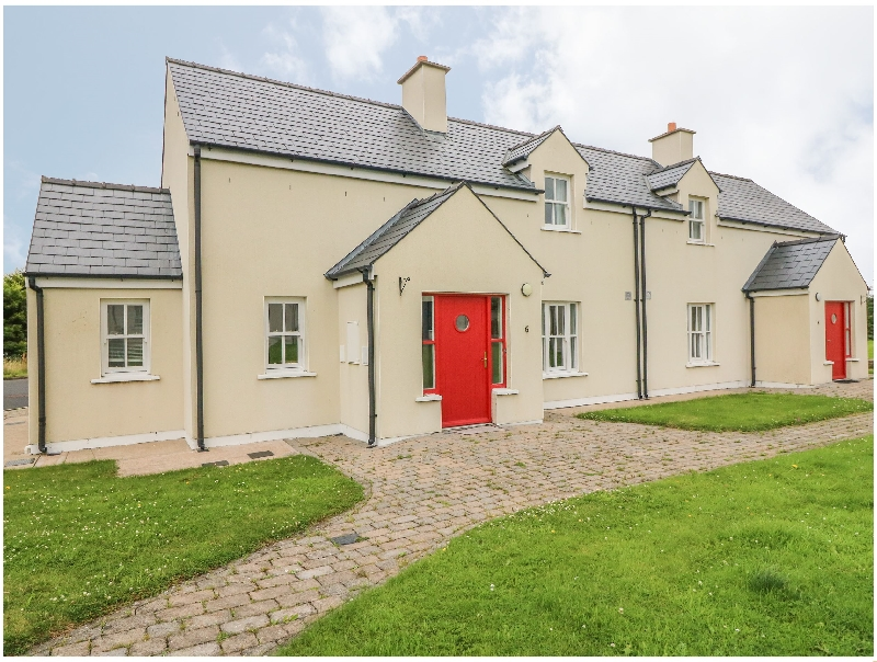 Click here for more about No. 6 An Seanachai Holiday Homes