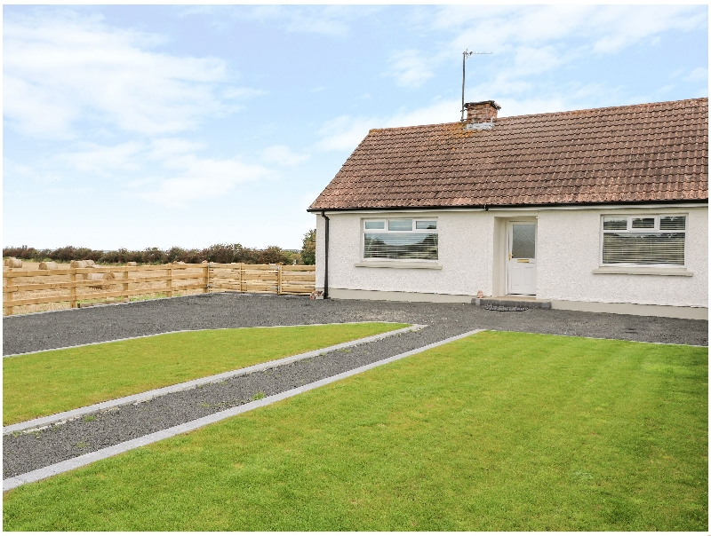 Click here for more about Searoad Cottage