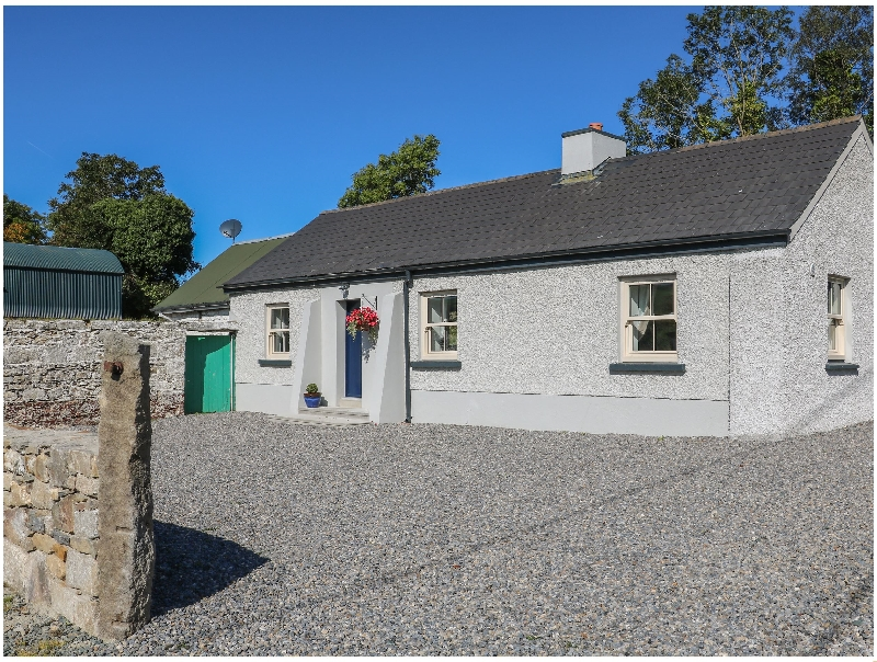 Click here for more about Macreddin Rock Holiday Cottage